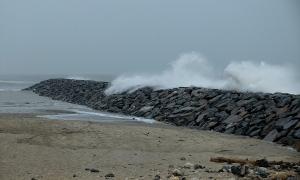 Digue Amélie marée haute coeff. 119 Soulac-sur-Mer